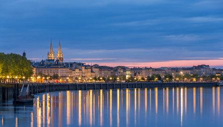 Pourquoi investir et s'installer à Bordeaux en  2015
