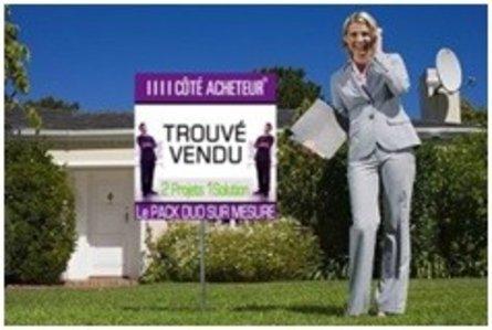 Développer une activité de chasseur immobilier : franchise ou licence de marque ?
